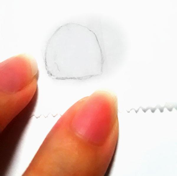 爪のイラストを書く