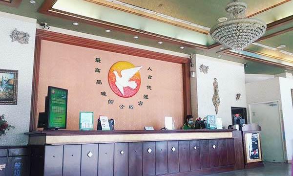 台湾のバス待合室