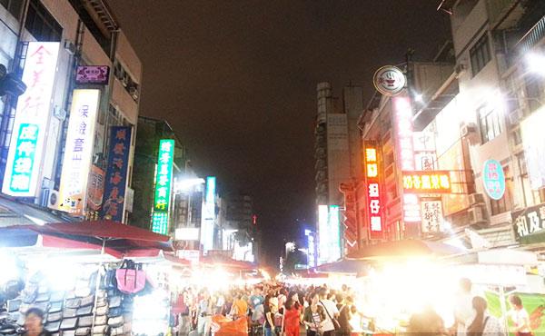 台湾をバスで旅する・台北から台中と高雄を巡ってきました
