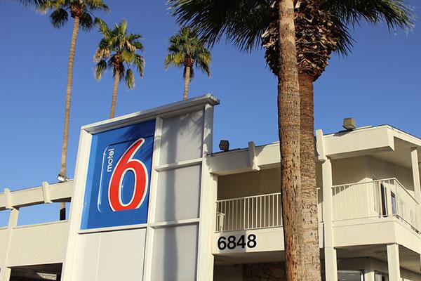 アメリカのモーテル「motel 6」