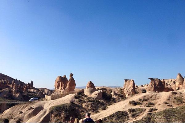 ラクダの岩群