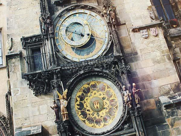 旧市庁舎の「からくり時計」