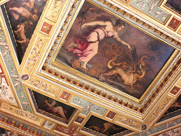 ヴェッキオ宮殿の天井の絵画