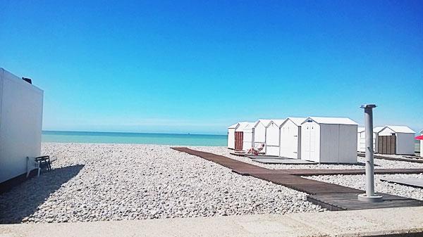 メルス・レ・バンの海岸