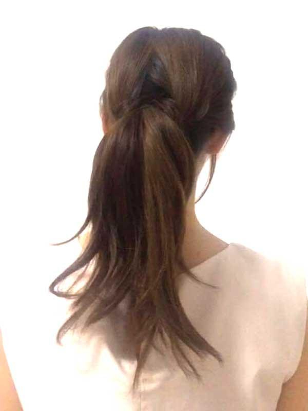 ふんわりしたシルエットの完成した女性の髪の毛