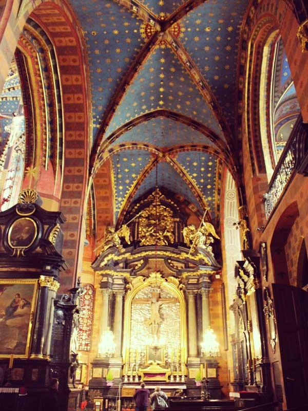 聖マリア教会の塔の中