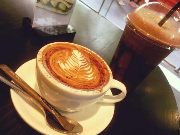 チョコレート専門店が経営するカフェ「Lindt」の人気メニュー