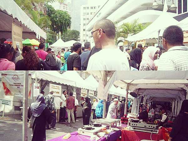 ムスリム祭り会場の人々