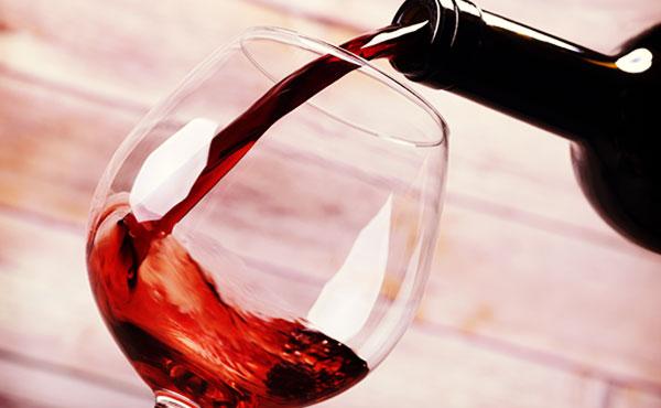 ボルドーとブルゴーニュの見分け方!赤ワイン選びに役立つ