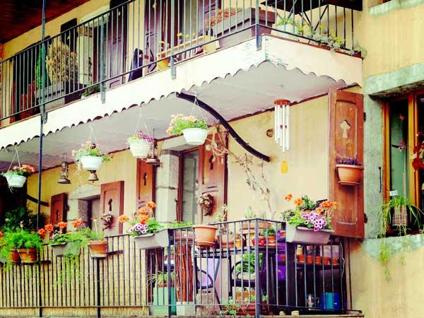 フランスの住宅のバルコニー