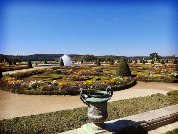 ヴェルサイユ宮殿の庭
