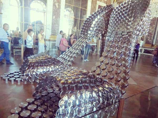 ヴェルサイユ宮殿に展示された現代アート