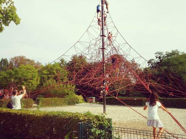パリ花公園のアウロバティック遊園地
