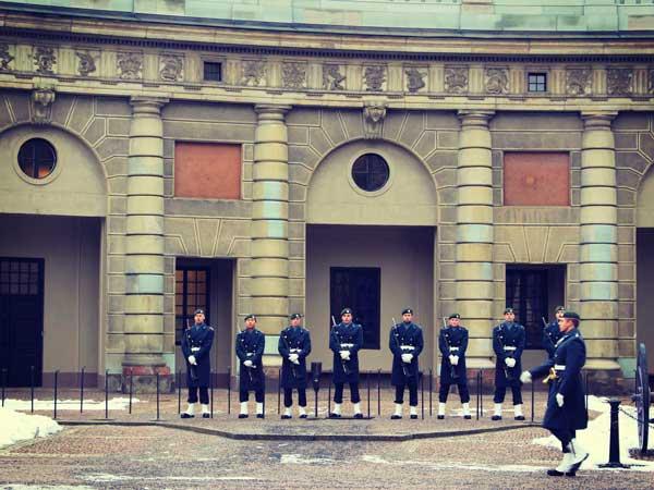 ストックホルム宮殿15時の衛兵交代式の様子