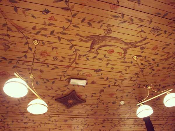 ルチア祭が開催されたレストランの天井