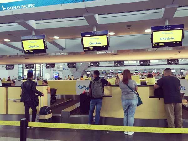 ニノイ・アキノ国際空港のカウンター