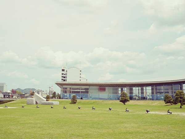 島根県立美術館の外観