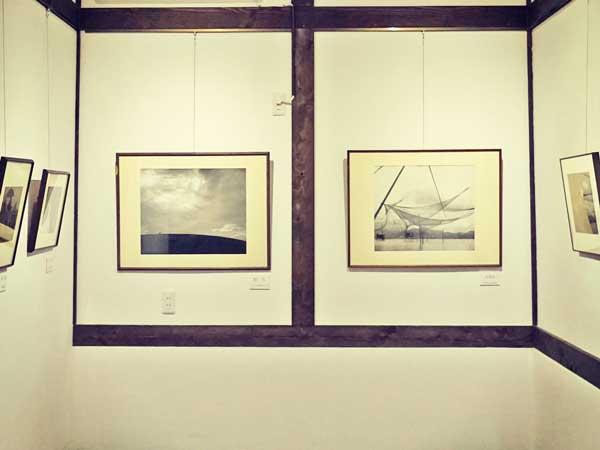 ギャラリーに展示されている塩谷定好氏の作品