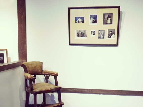 塩谷定好写真館2階のギャラリー