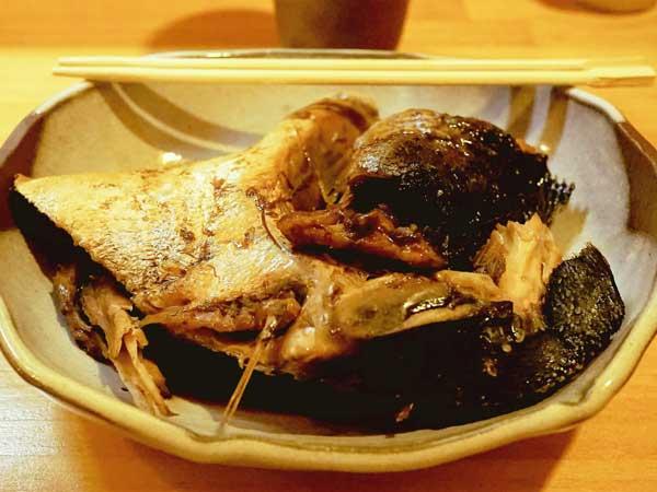 郷の鮨たむらで食べた魚のあら煮
