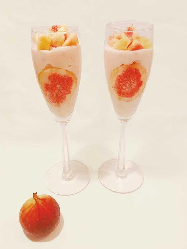 いちじくと苺のつぶつぶフルーチェの完成形