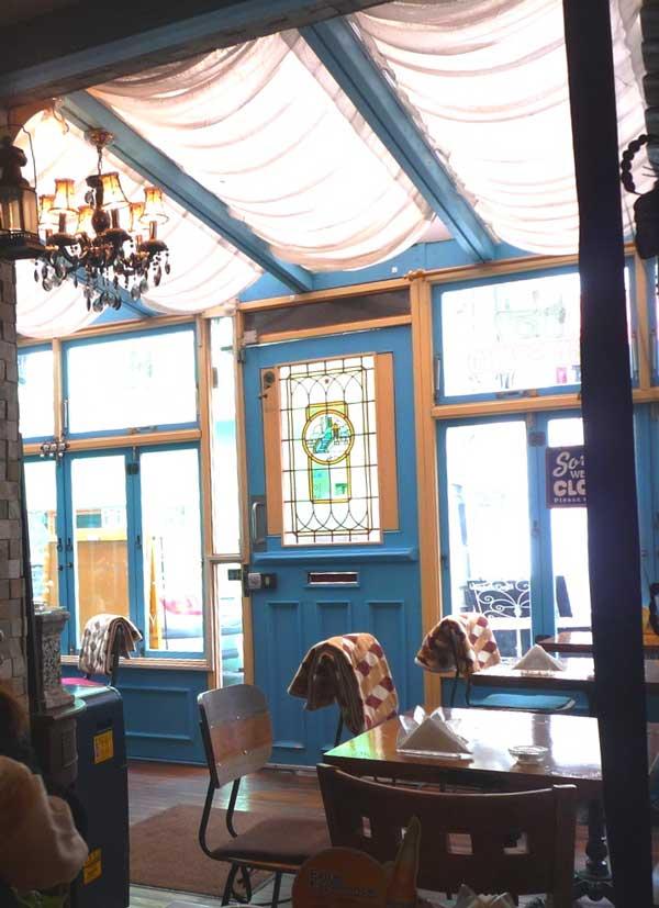 梨泰院グローバルフード通りのインスタ映えするイタリアンの店内