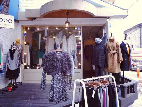 韓国弘大のお洒落な洋服店