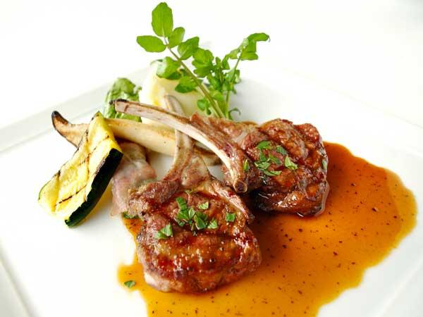 イタリア料理の三皿目のメインディッシュ