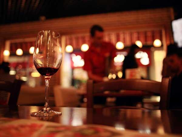 イタリアの居酒屋のような店のタヴェルナ