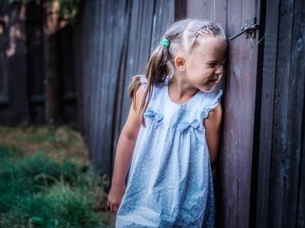 好奇心が旺盛な女の子