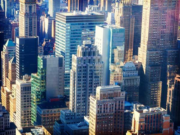 都会の高層ビル