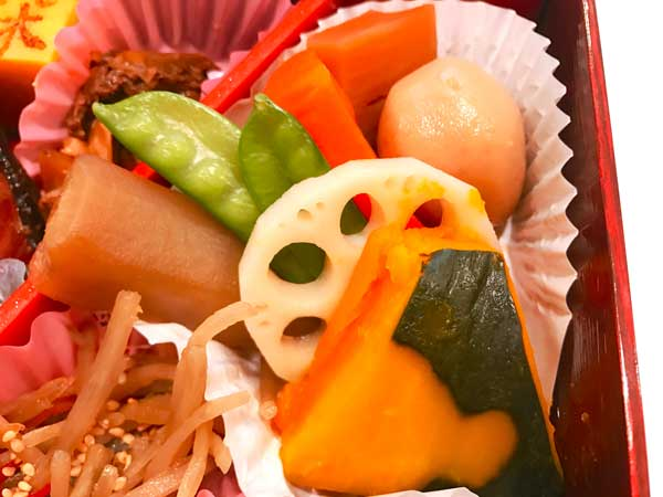 東京弁当に入っている日本ばし大増のうま煮