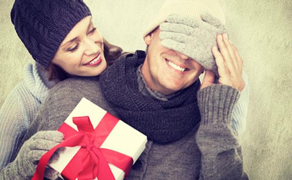 男性が喜ぶプレゼント・実際に贈って大正解だった物!