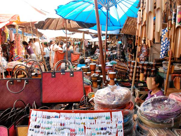 バリ島のウブド市場