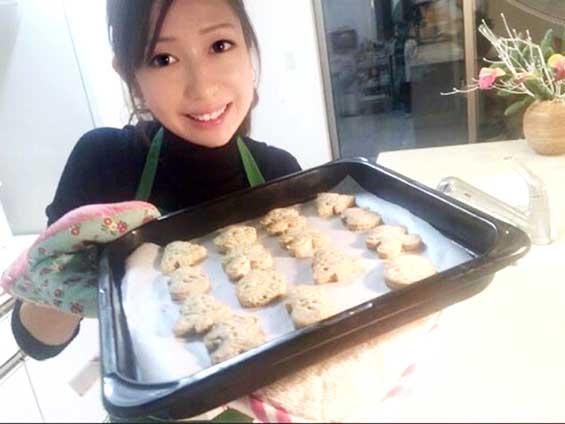 キッチンの収納術を教えてくれた料理研究家の伊賀るり子さん