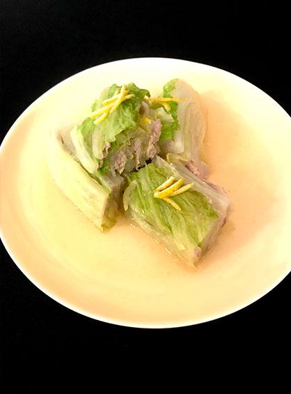 フォトジェニックな見た目も特徴の白菜と豚肉のミルフィーユ